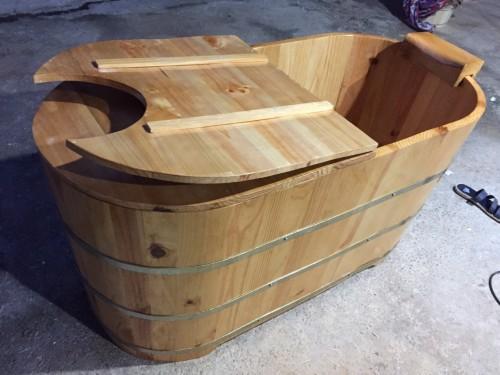 Bồn tắm gỗ có nắp xông