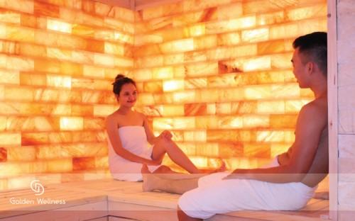 Phòng xông hơi đá muối và giường Massage đá muối Hymalaya .