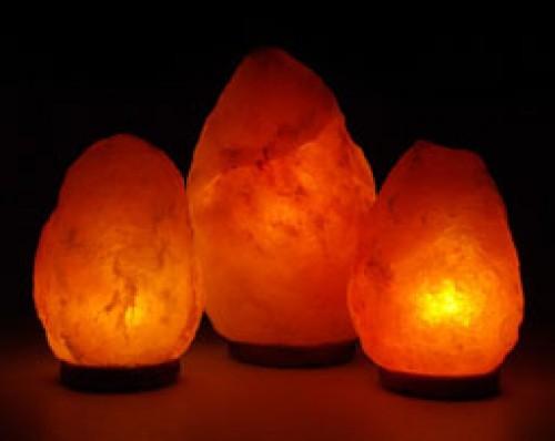 Thực hư về đèn đá muối được giới thiệu là báu vật chiết xuất từ hang muối cổ đại Himalaya có niên đại trên 250 triệu năm